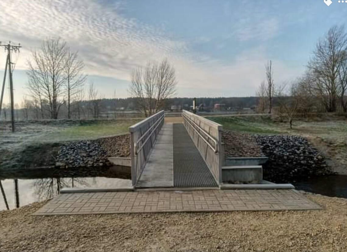 Tiltiņš uz Zirņu salu